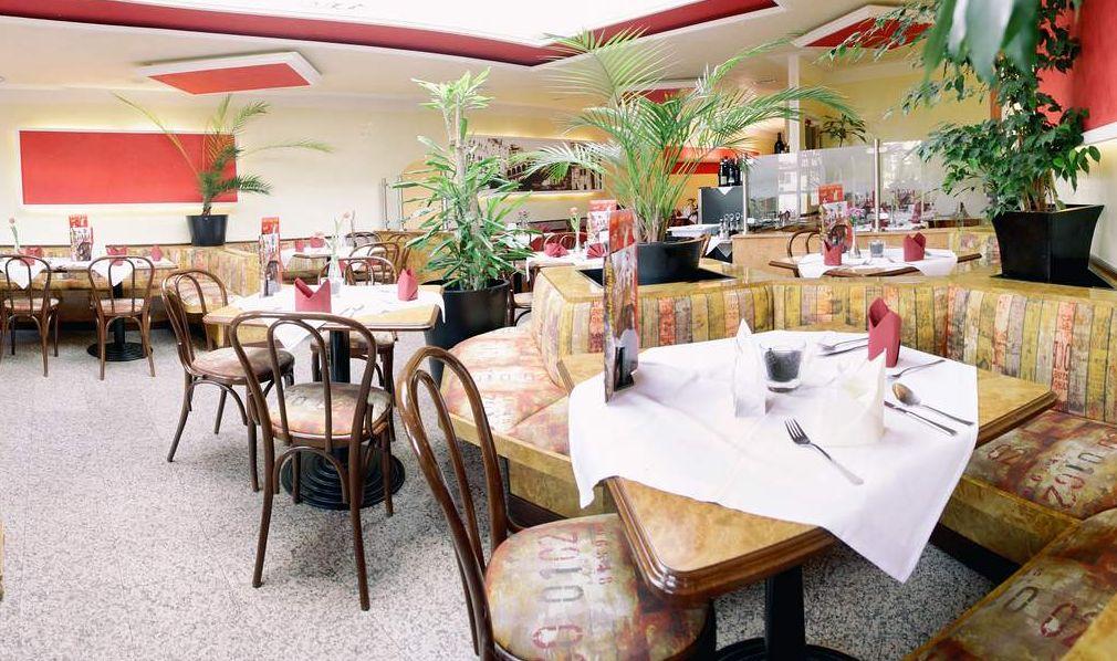 """Eiscafé-Pizzeria-Hotel """"Rialto"""""""